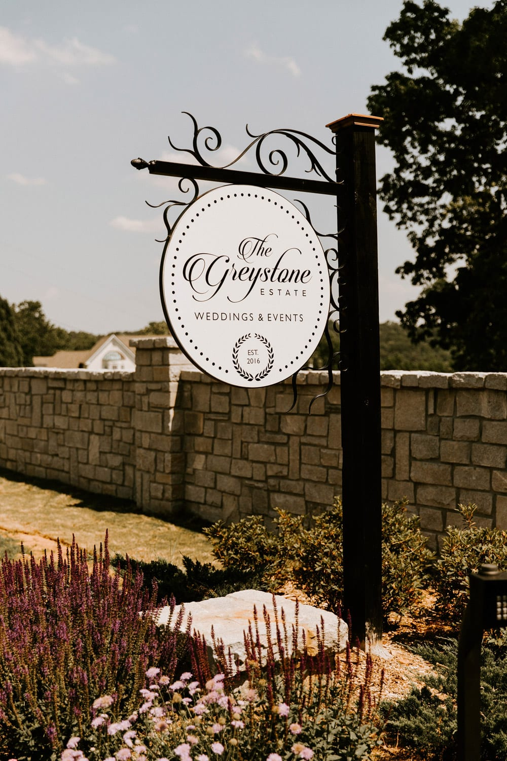 The sign to The Greystone Estate